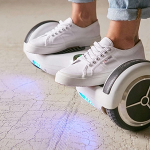 iGlyde LED Electric Scooter $550 - Urban Outfitters