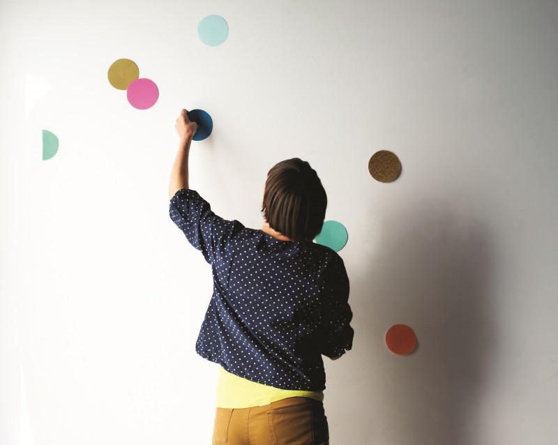 How to make a giant confetti wall by Beci Orpin via WeeBirdy.com