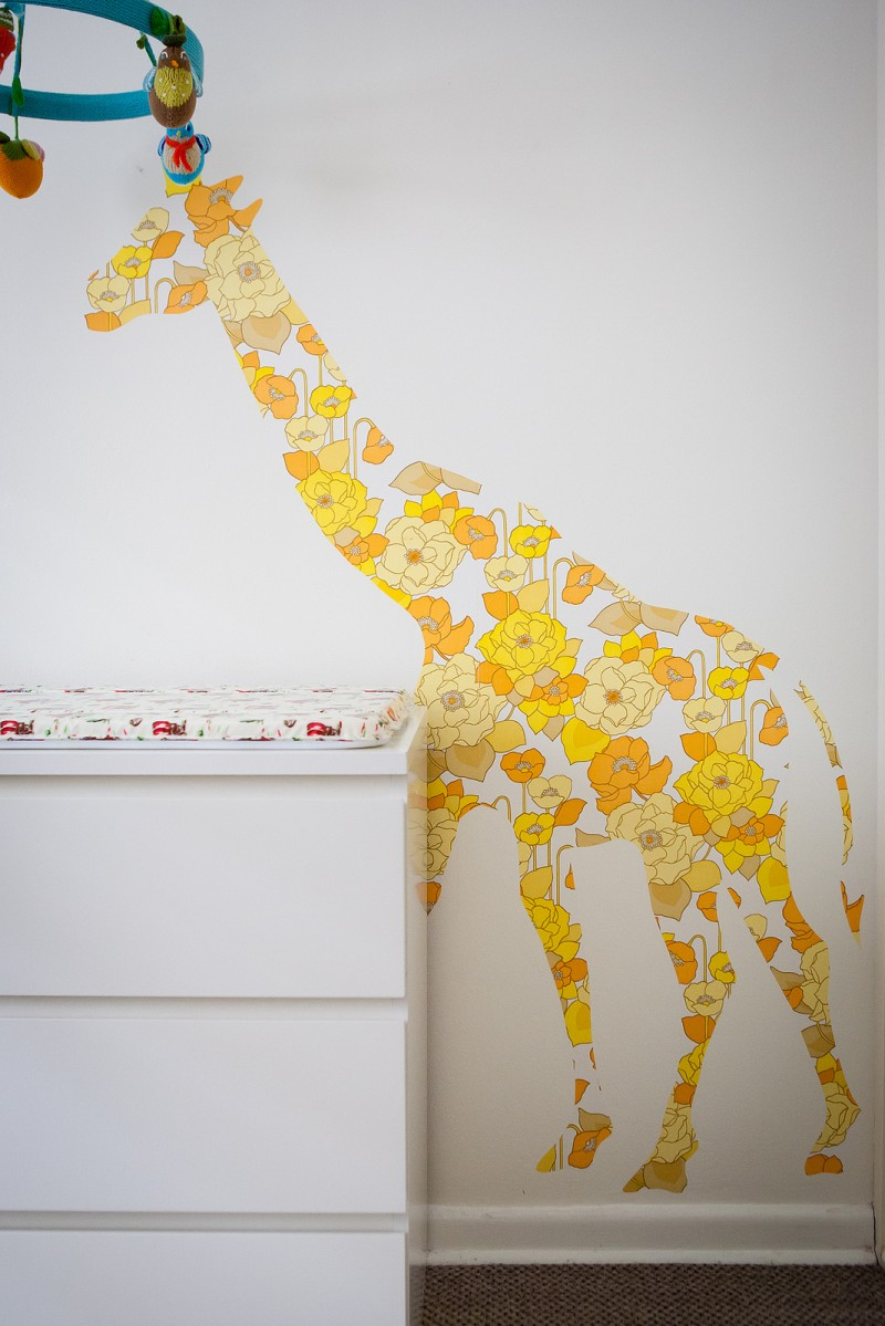 Vintage wallpaper giraffe decal via WeeBirdy.com