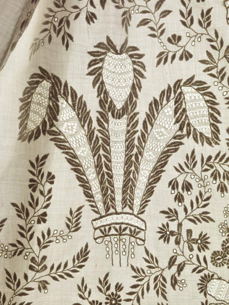 Close up of Prince of Wales Feathers on robe worn by Prince Albert Edward (Edward VII) c1841 2 © Museum of London via WeeBirdy.com