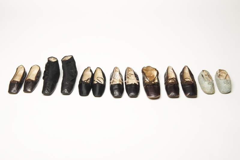 Royal baby shoes in order of date via WeeBirdy.com