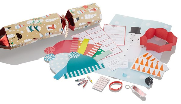 Wee Birdy's round-up of the best Christmas Crackers for 2014, via WeeBirdy.com.