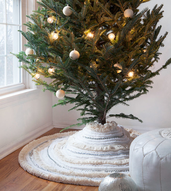 DIY: 5 Gorgeous New Christmas Crafts to Make Today: DIY Moroccan wedding blanket-inspired tree skirt by Design Sponge.
