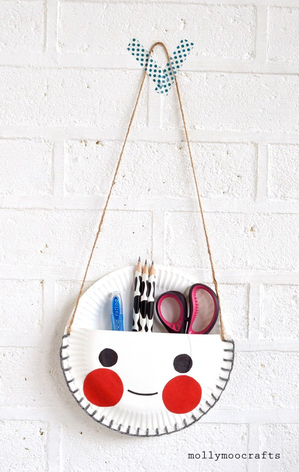 The best craft projects to make with kids, via We-Are-Scout.com: paper plate desk tidy.