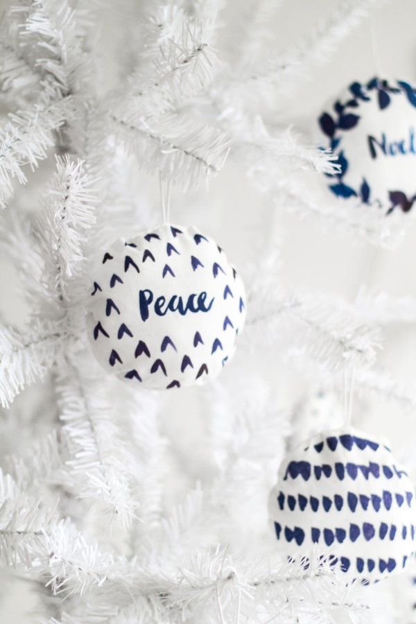 Make watercolour-printed fabric baubles by Fall for DIY.