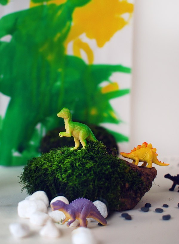 Gorgeous kids craft ideas: Dinosaur creative playscape by Rebecca Lowrey Boyd/ We Are Scout.