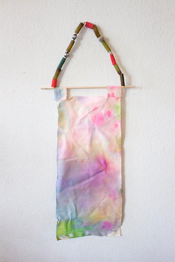 Gorgeous kids craft ideas: Watercolour fabric banners by The Art Bar
