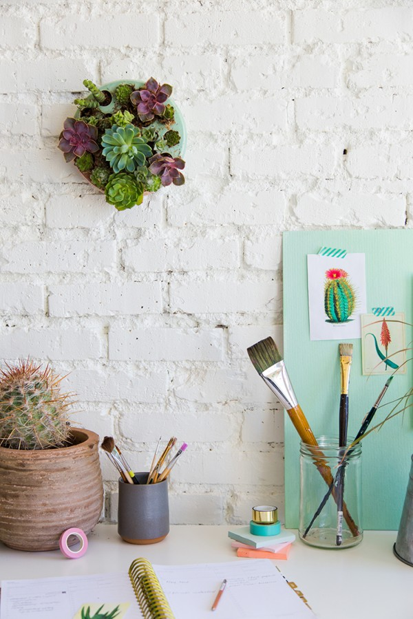 DIYs for your home: Succulent planter for the wall by The House that Lars Built.