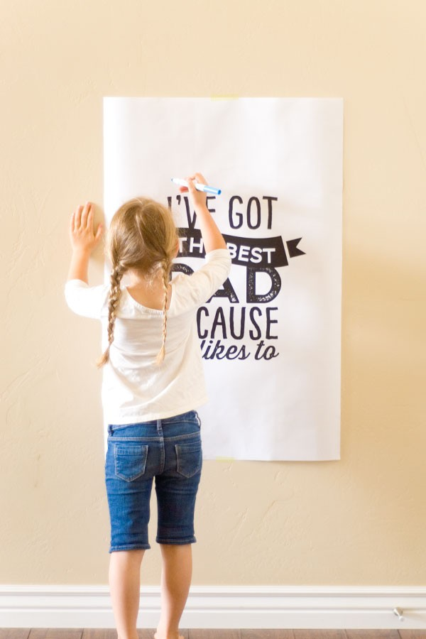 Free Printable Father's Day Poster by Confetti Sunshine.
