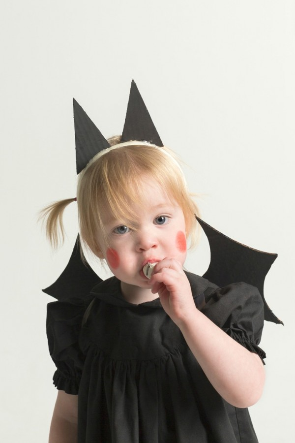 DIY baby bat costume by MerMag.