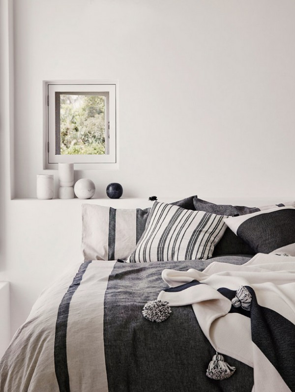 Country Road's homewares make We Are Scout's top 30 Christmas presents for ladies - in monochrome.