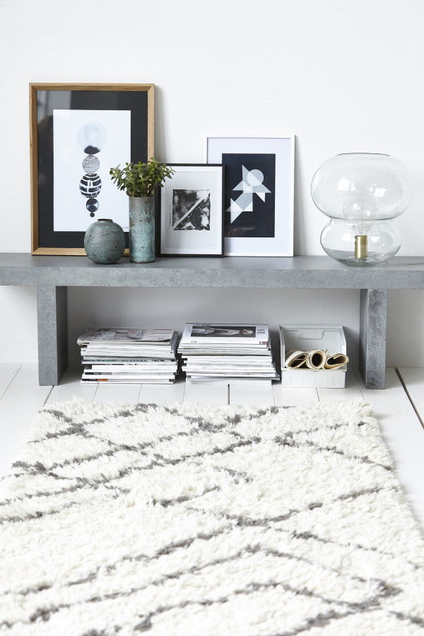How to style a vignette inspired by by Danish brand House Doctor: the hallway bench.