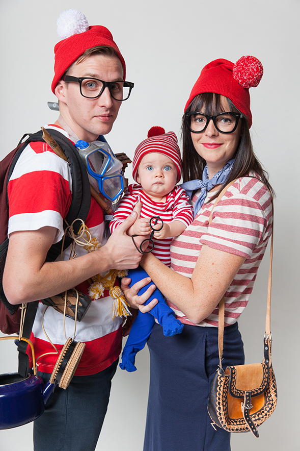 DIY Where's Wally/Waldo family costume by Say Yes.