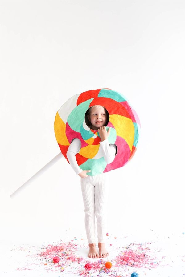 DIY lollipop costume.