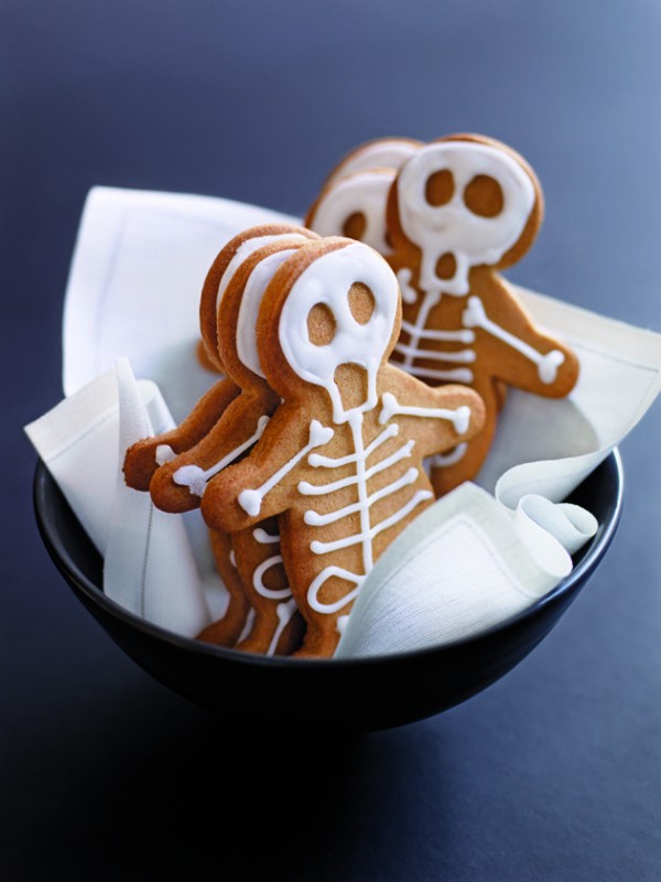 Halloween gingerbread skeletons by Donna Hay.