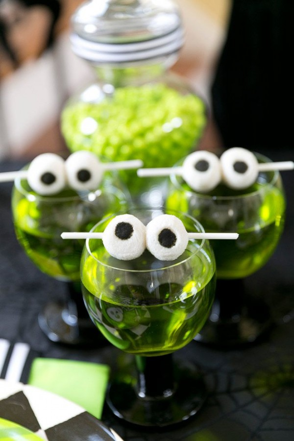 Spooky eyeball skewer sticks by Courtney Whitmore for Homes.com.