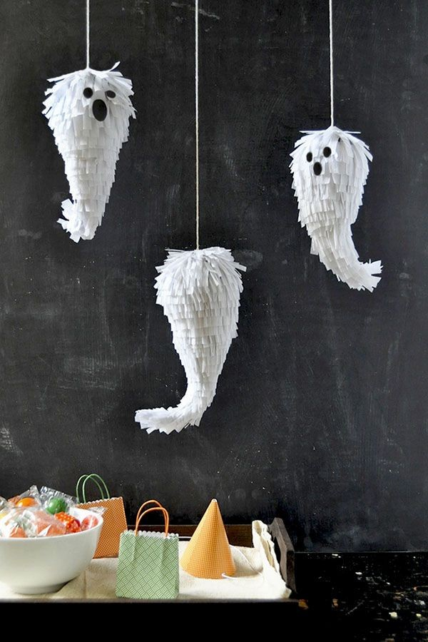 DIY mini ghost pinatas by Oh Happy Day.