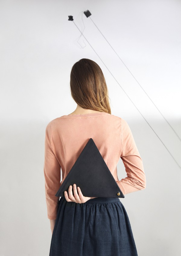 M.Hulot Bronica triangle clutch bag in navy via we-are-scout.com.