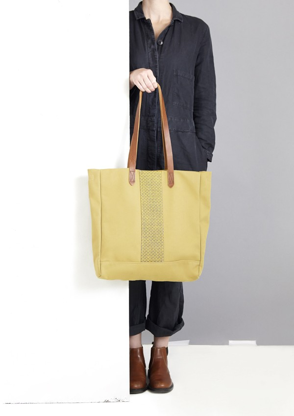 M.Hulot Longhi tote in Sand, via we-are-scout.com
