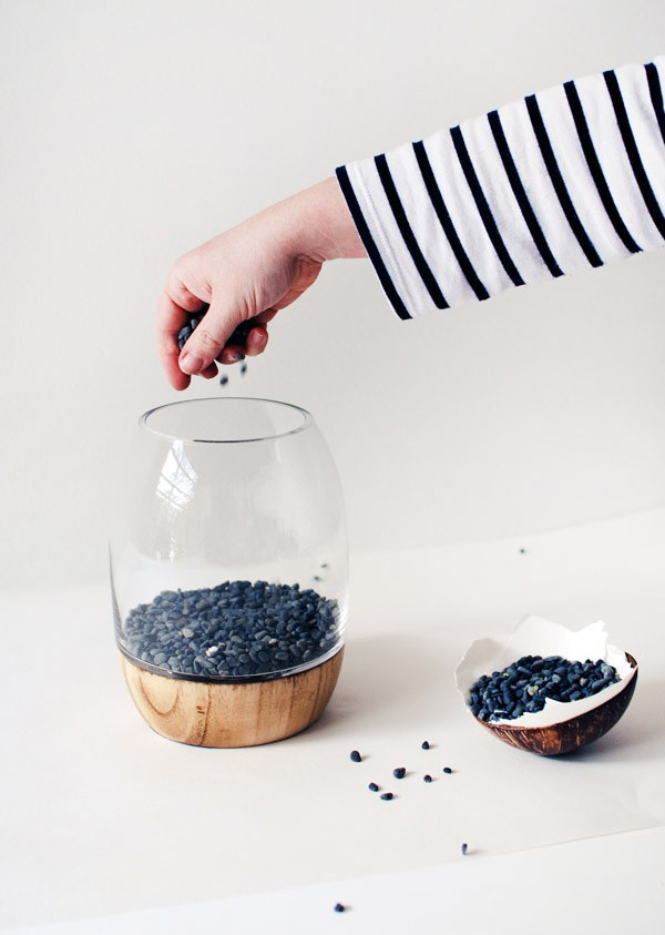 Step 1: layer the base with pebbles. Photo: Lisa Tilse for We Are Scout