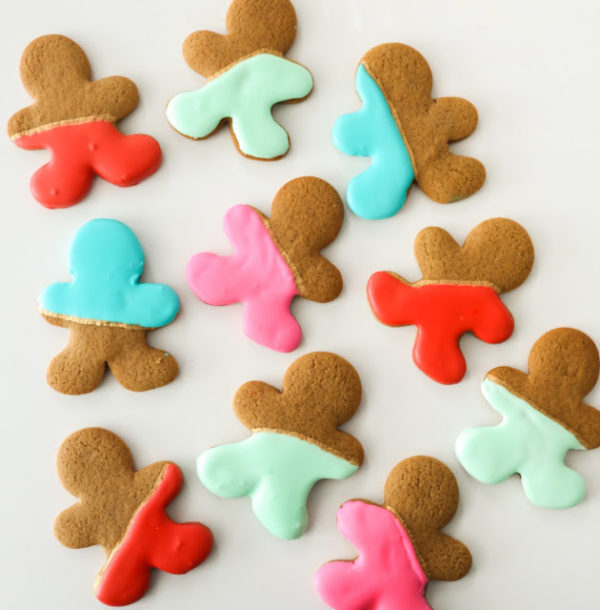 Colour-blocked gingerbread men by A Kailo Chic Life. http://www.akailochiclife.com/2015/12/bake-it-color-blocked-gingerbread-men.html
