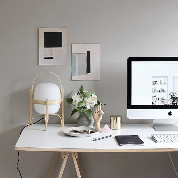 The Design Chaser chose the Cesta lamp for her desk.